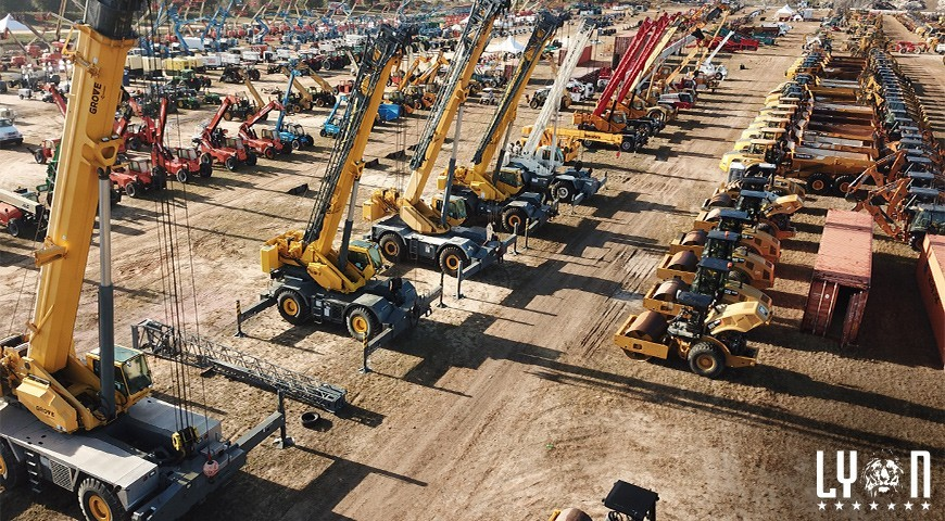 Win big at heavy machinery auctions