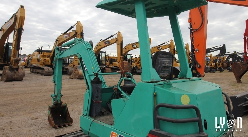 Should Your Repair or Replace Your Heavy Equipment